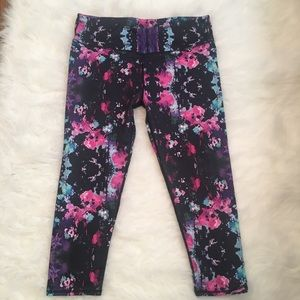 Fabletics printed workout legging